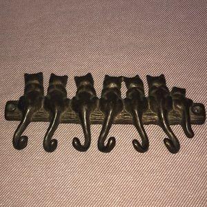 Vintage brass cat keychain holder